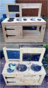 Pallet Mud Kitchen for Kids